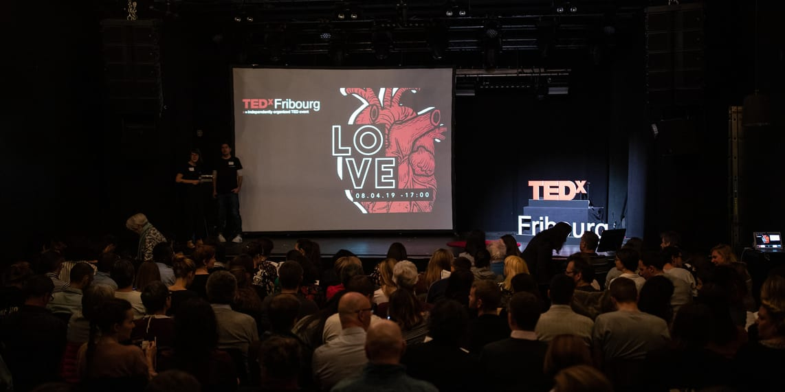 tedxfribourg-love-stage.jpg