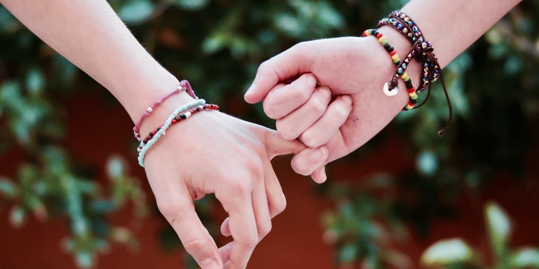friendship-2156174.jpg