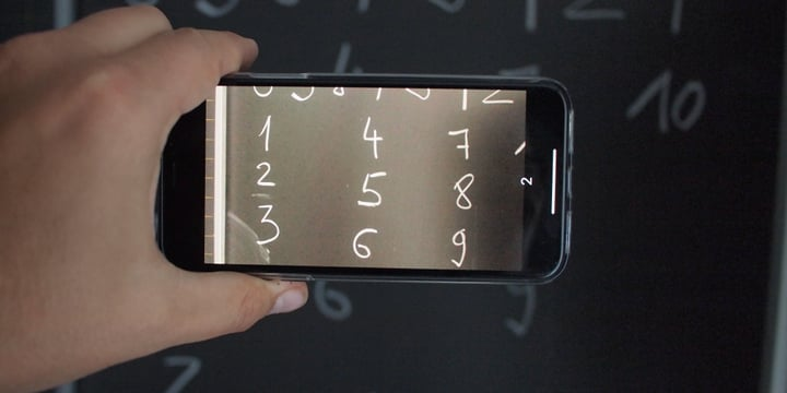 Real time numbers recognition (MNIST) on an iPhone with CoreML from A to Z class=