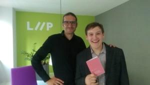 Dies sind Gerhard und ich nach meiner Diplomfeier.