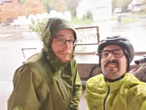 two wet Liipers during a break